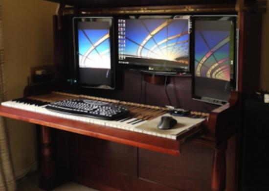 Piano Desk