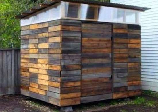 Reclaimed wood shed diy shed 16 designs to inspire for Diy garden shed