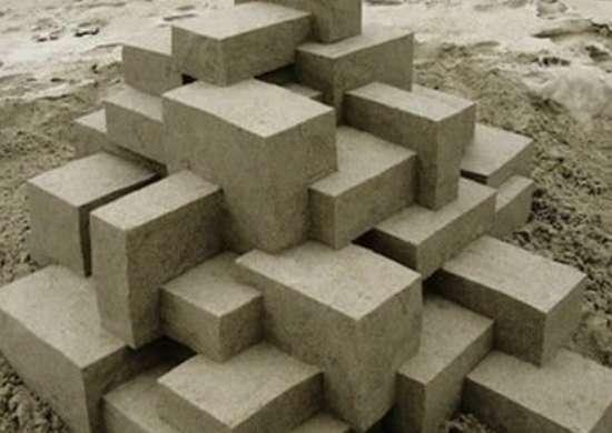 Calvinseibert sand sculpture illusion.scene360.com