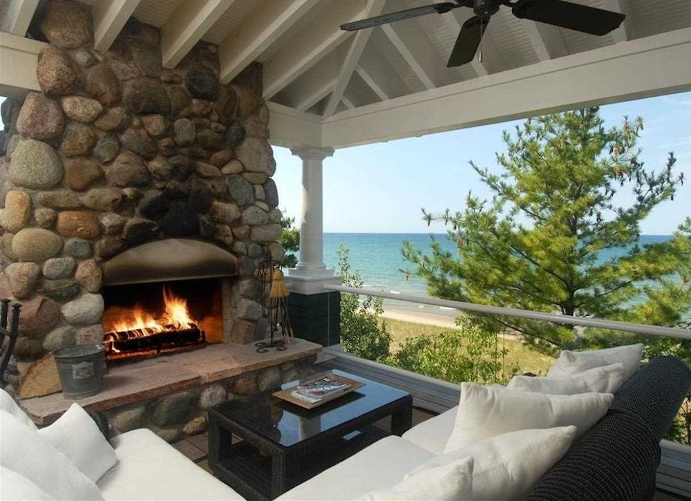 Outdoor fireplace porch