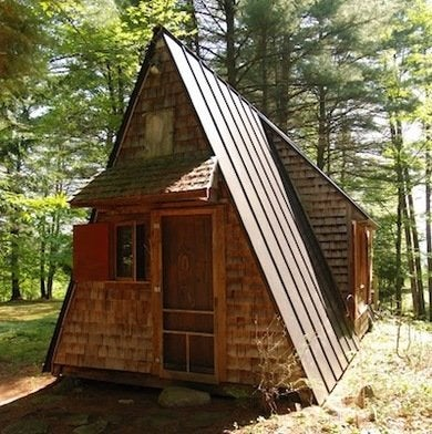 Charming While Many A Frame Add Ons Are Built To Allow For Additional Floorspace (a  Sacrifice Of The Buildingu0027s Inherit Shape), This Small Cabinu0027s Modest  Extrusion ...