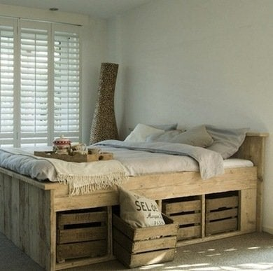 Weu0027re A Fan Of The Rustic Theme In This Reclaimed Wood Beauty, As Well As  Its Built In Storage Underneath! Repurposed Wood Crates Create The Perfect  Space ...