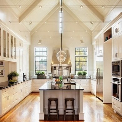 Symmetry, Clean Lines, And A Classic Color Scheme Distinguish This North  Carolina Kitchen. And Then, Of Course, Thereu0027s That Ceiling.