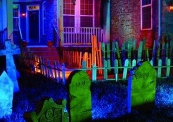 Outdoor halloween decorations cfl houselogic