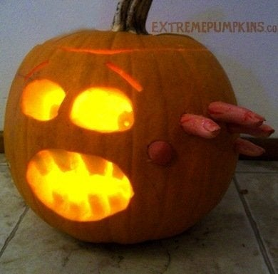 Extreme_pumpkins_2012_carving_contest_winner