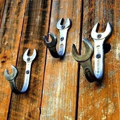Wrenchhooks gearheaddiva