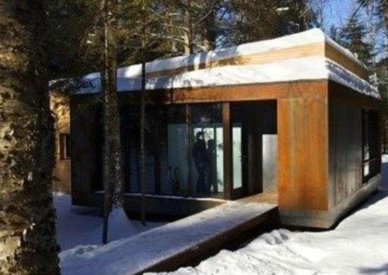 Yiacouvakis hamelin la luge exterior1 via smallhousebliss