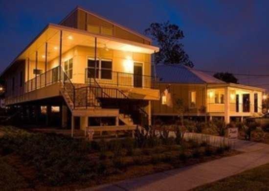 Brad pitt make it right foundation homes  billes architecture concordia architects bob vila green building 4544572514 04efe0884b20111123 36322 8bfqqh 0