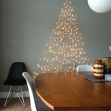 Christmas-tree-of-lights-improvisedlife