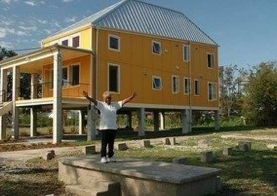 Brad pitt make it right homes concordia architects bob vila green building20111123 36322 1lzn9qz 0