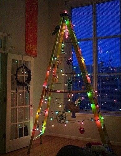 Ladderchristmastree-nedesignbuild