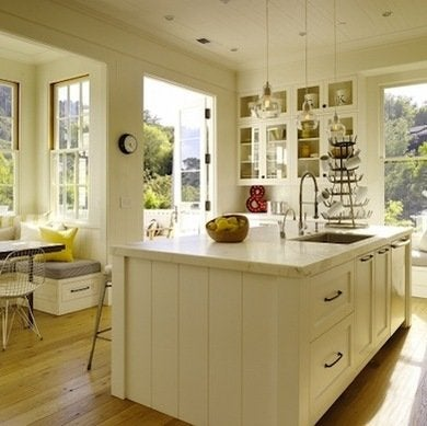 Kitchen accent colors white kitchens 10 bright for Kitchen accent colors
