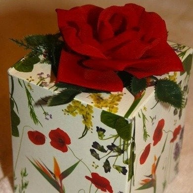 Tissue box gift wrap copy