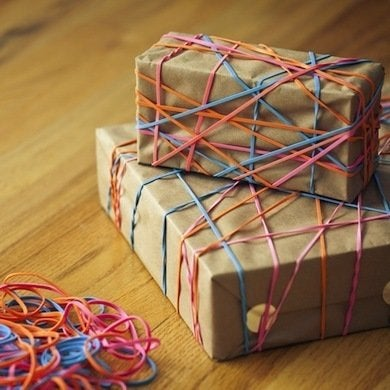 Rubber band gift wrap