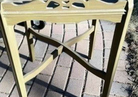 Kyeager table paint makeover how to bob vila 1