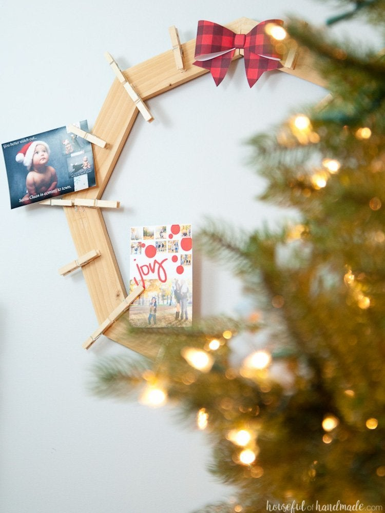 20 DIY Christmas Card Holders - Bob Vila