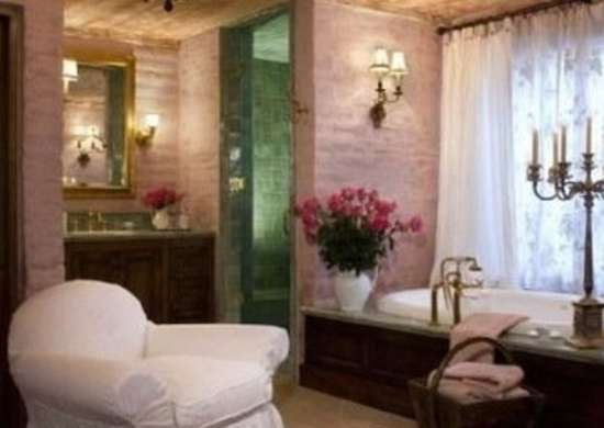 Suzanne Somers' Bathroom