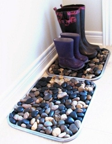 Simple Cookie Tray Boot Storage