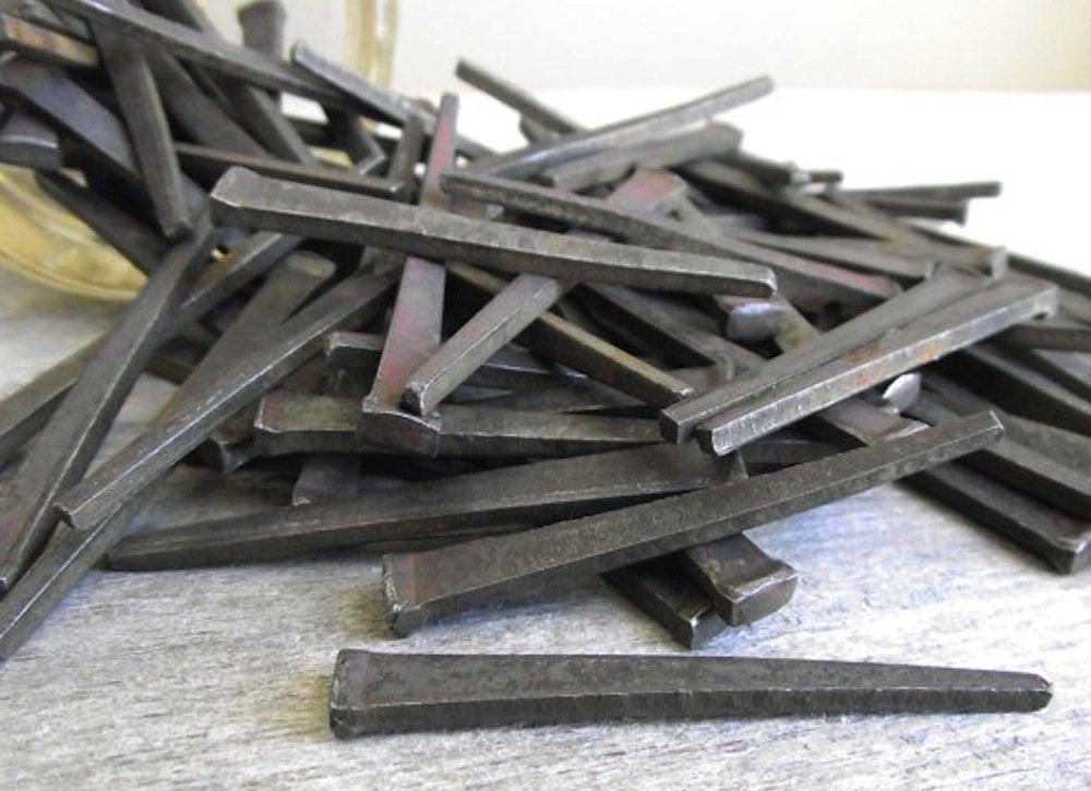 Cut_flooring_nail