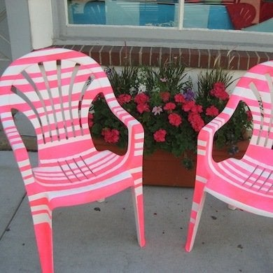 Diy outdoor furniture 12 ways to revive patio furniture bob vila Painting plastic garden furniture