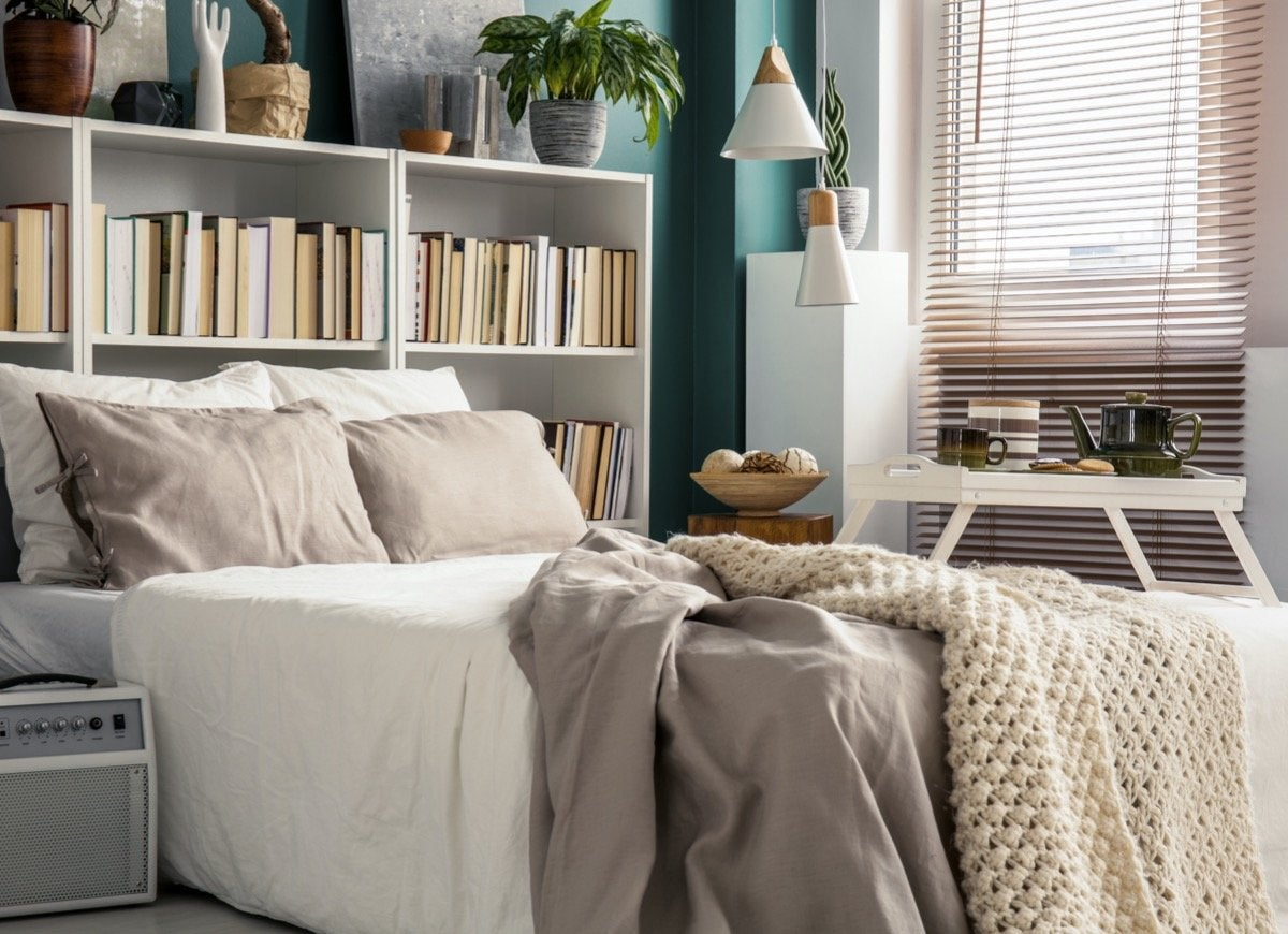 Small Bedroom Design Ideas With Lots Of