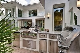 New-american-home-2012-ibs-outdoor-kitchen-bob-vila
