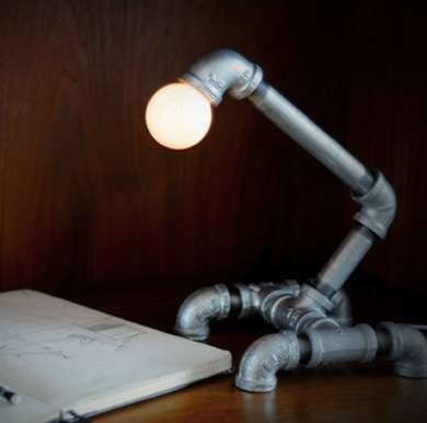 Diy pipe lamp pvc projects inspiring diy with plastic for Diy pipe lamp