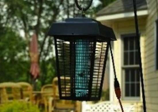 Flowtron Electronic Insect Killer with Photocell Timer