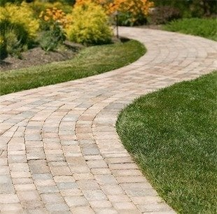 Reading rock snap edge pavers bob vila curb appeal20111123 36322 15bk9n9 0