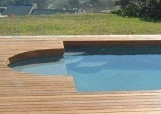 Floorthemall.co.za swimming pool wooden deck