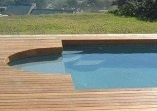 Floorthemall.co.za swimming pool wooden deck
